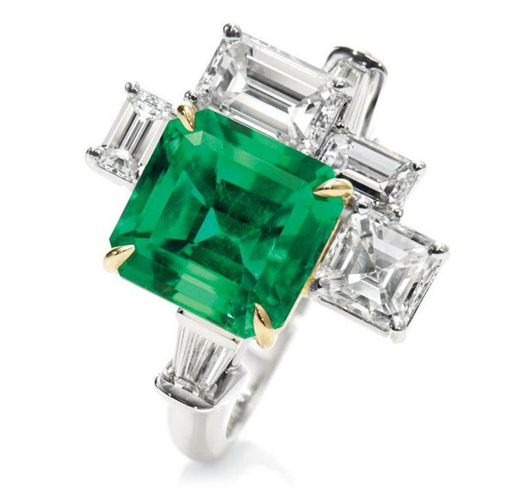 Central Park by Harry Winston, Emerald and Diamond Five Stone Ring