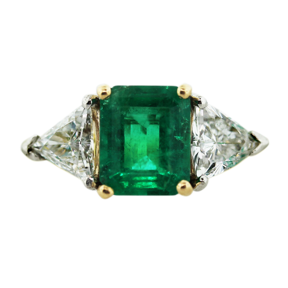 Yellow Gold Ring With Emerald