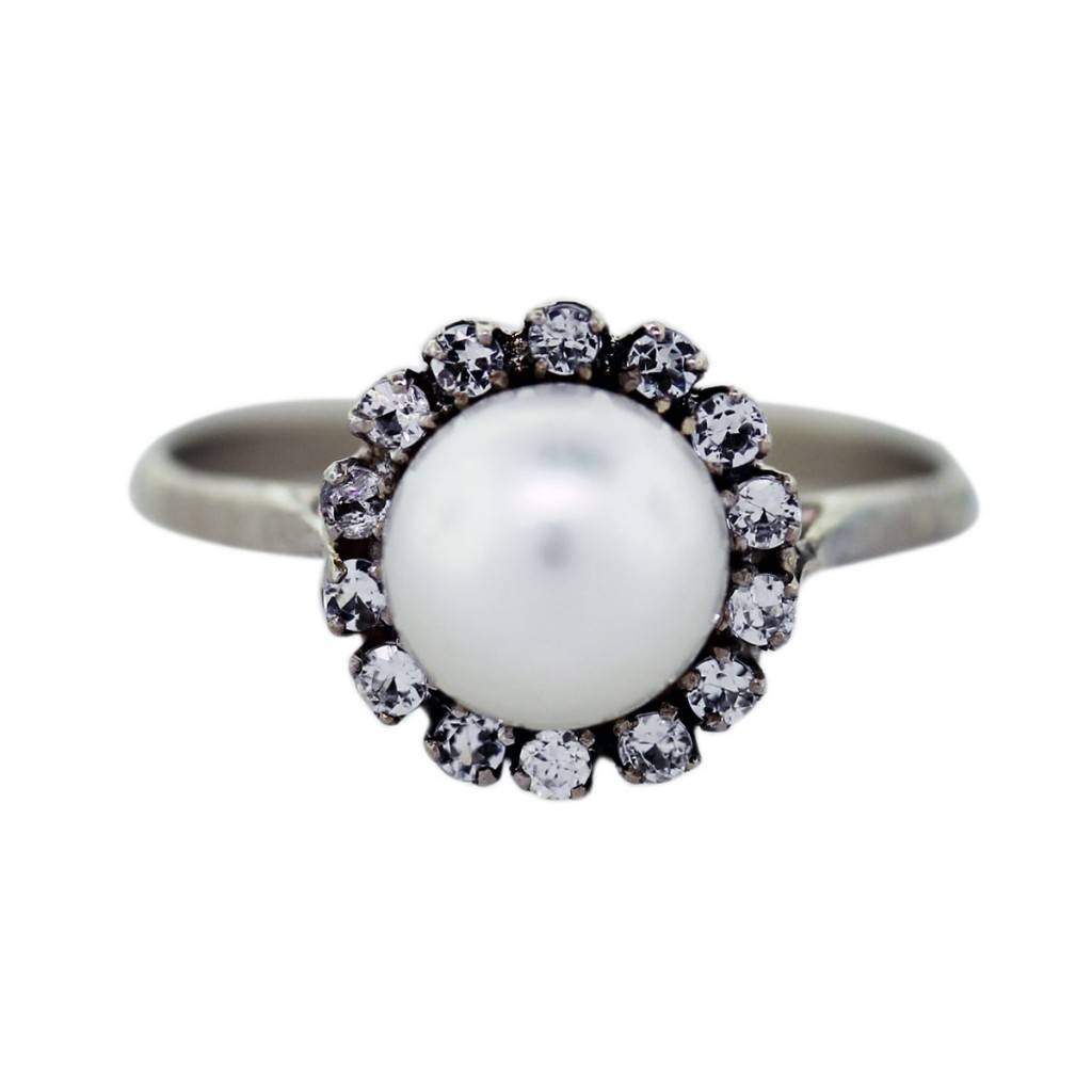 18k White Gold Diamond and Pearl Ring, pearl engagement ring, pearl and diamond ring