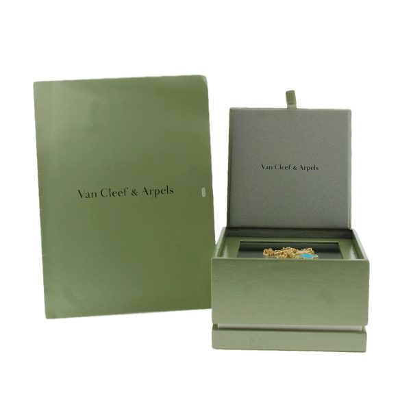 Box and Papers for VCA