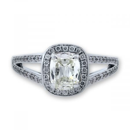 18k White Gold .80 Carat Cushion Cut Diamond Ring