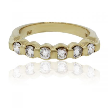 You are viewing this 14kt Yellow Gold Diamond Wedding Band Ring!