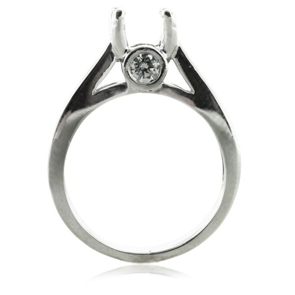 18kt White Gold Solitaire Diamond Engagement Ring Mounting South Florida