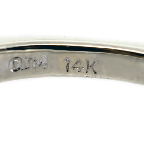 14kt White Gold Floral Diamond Thin Ring Stamp