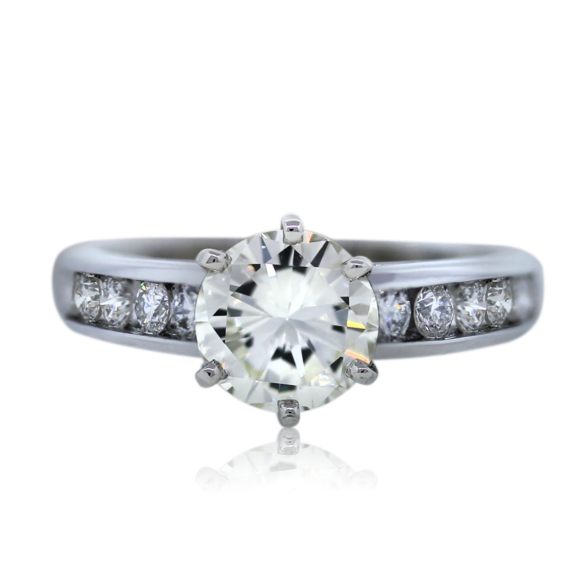 1ct Round Diamond Engagement Ring