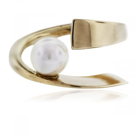 Betty Cooke 14k Yellow Gold Pearl Ring