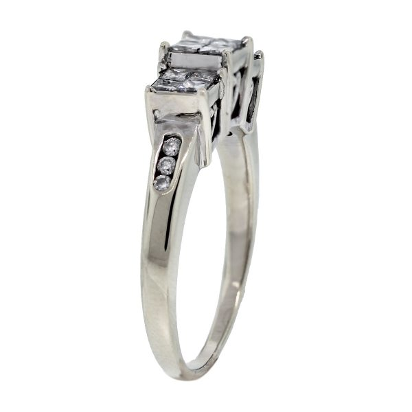 14kt White Gold Princess Cut Diamond/Heart Accent Engagement Ring side