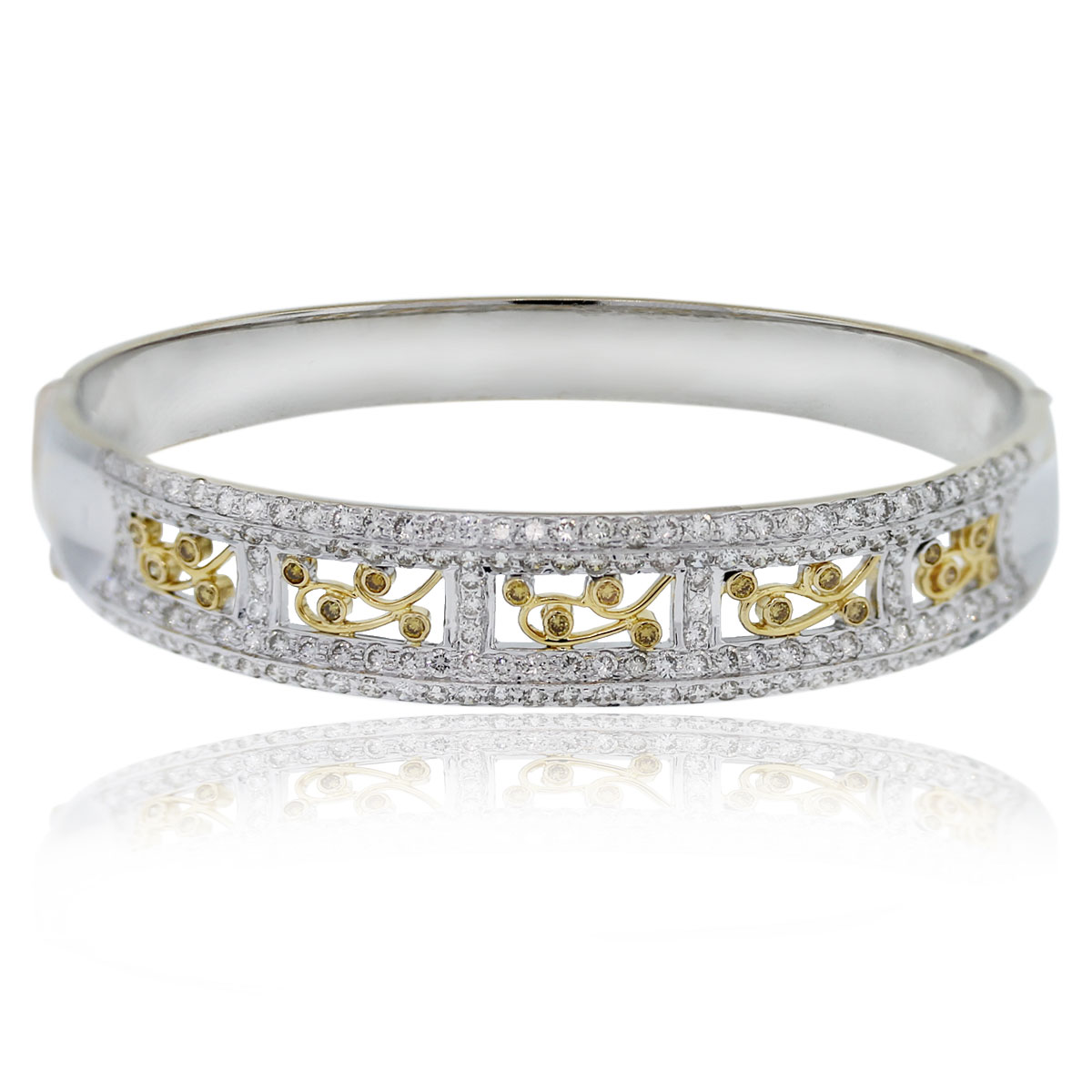 18kt Two Tone Round Cut Diamond Bangle Bracelet