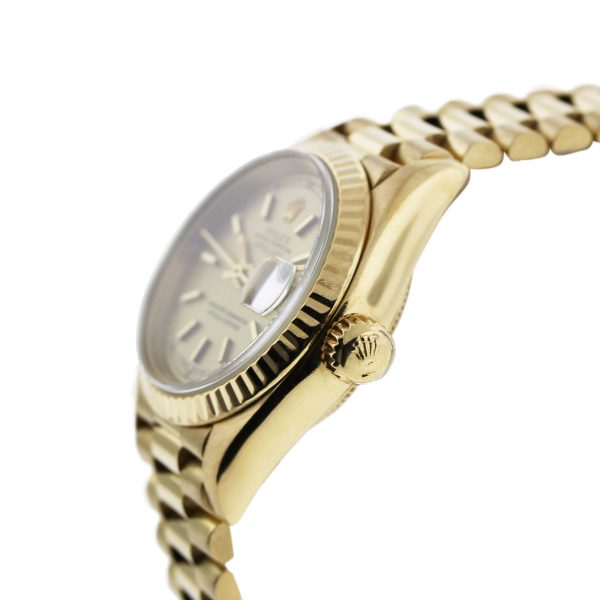 This Rolex 18k Day Date 1803 Watch is beautiful!