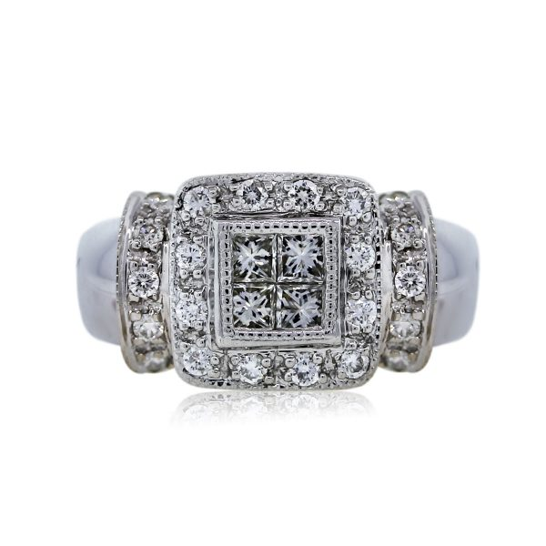 You are viewing this gorgeous White Gold Diamond Engagement Ring!