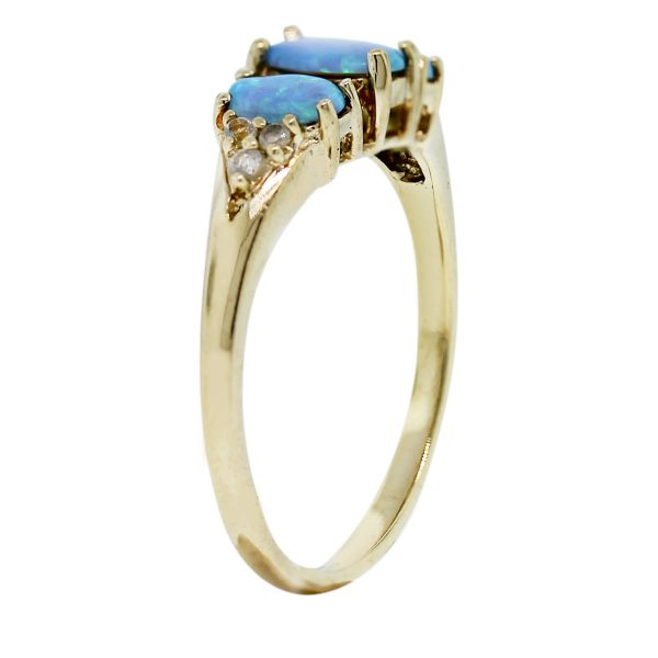 10kt Yellow Gold Diamond and Opal Ring