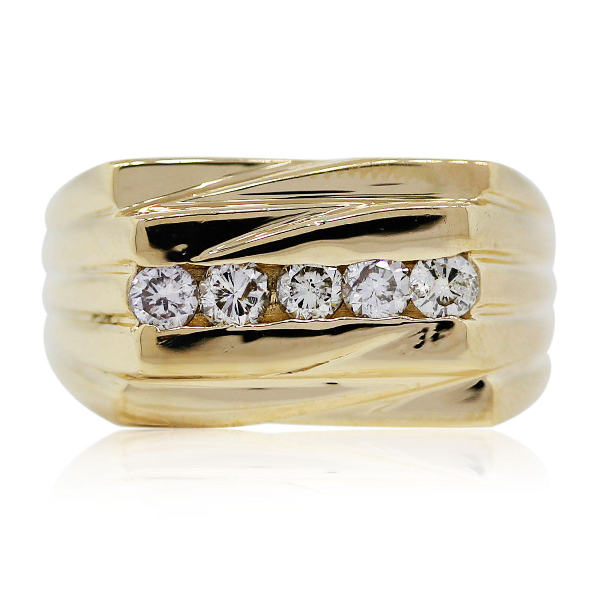 You are viewing this Yellow Gold Diamond Men's Ring!
