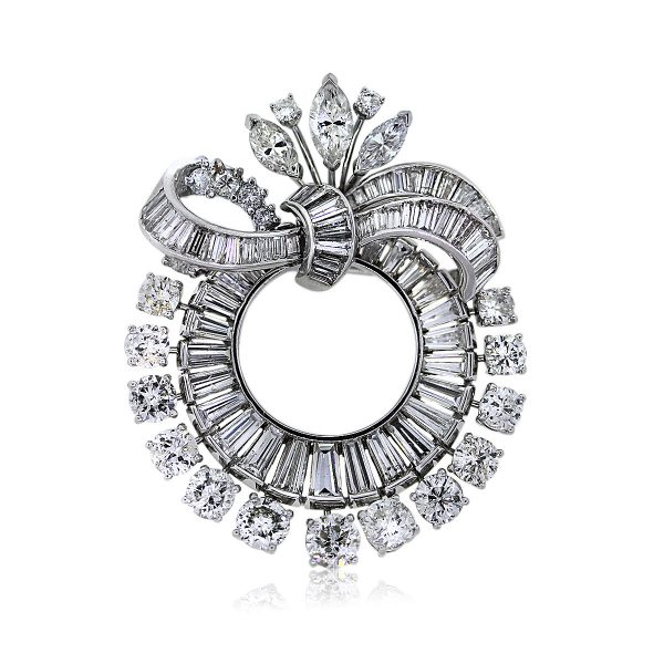 You are Viewing this Vintage VCA All Diamond Pin!!!