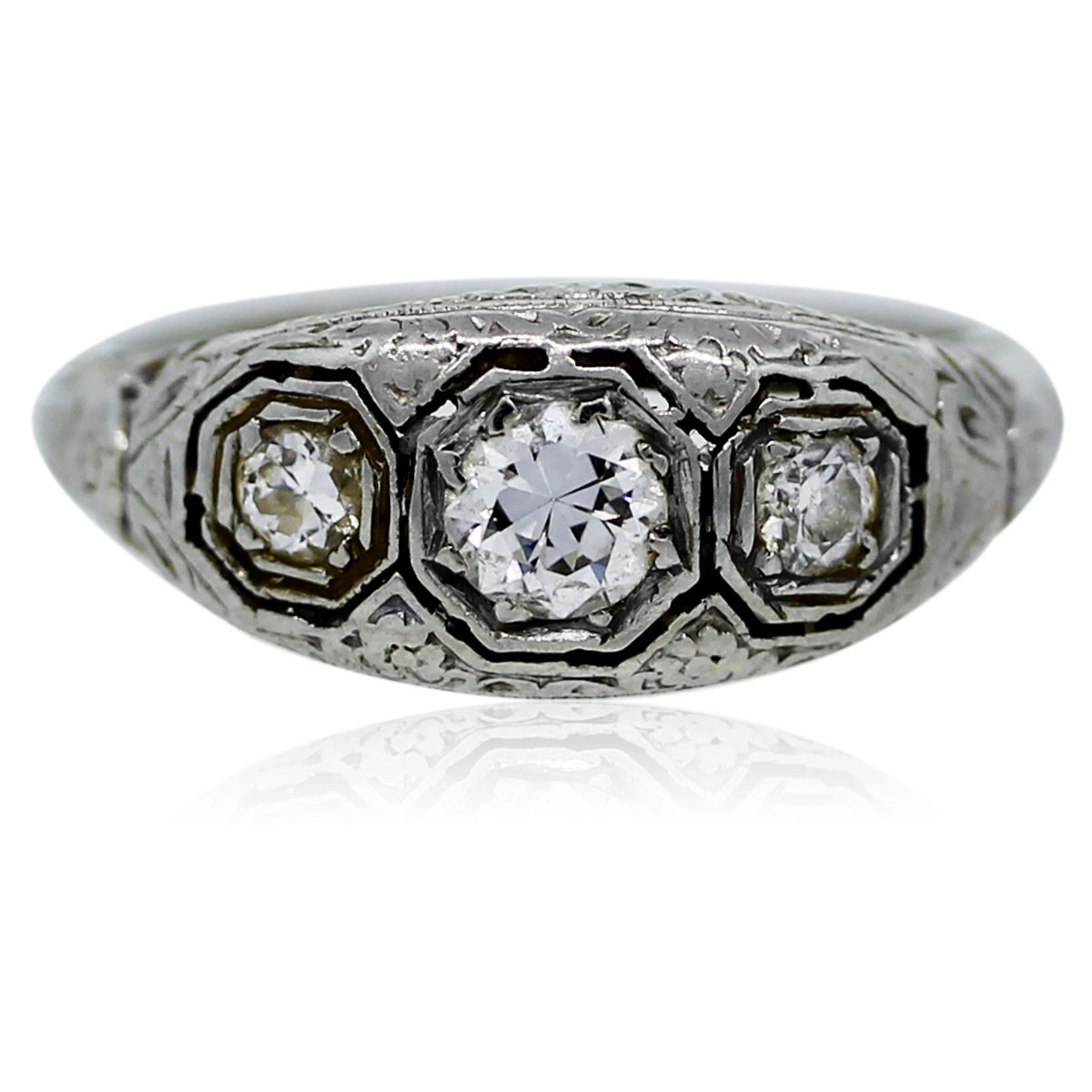 You are viewing this vintage white gold and diamond ring!