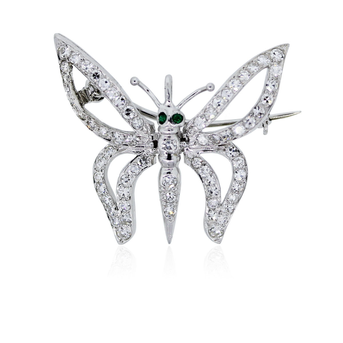 You are viewing this 18K White Gold Diamond Butterfly Pendant!