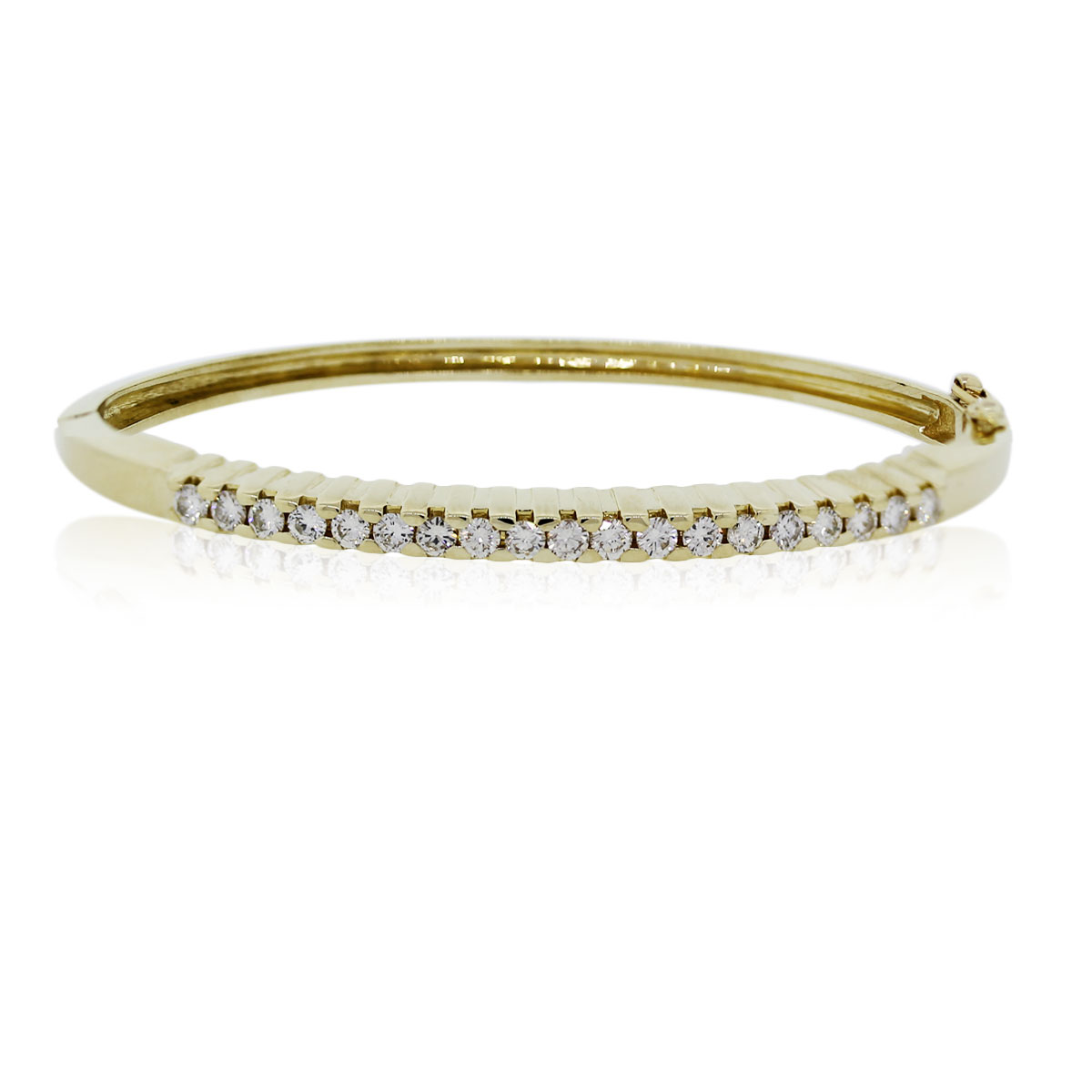 You are Viewing this Diamond Bangle Bracelet!
