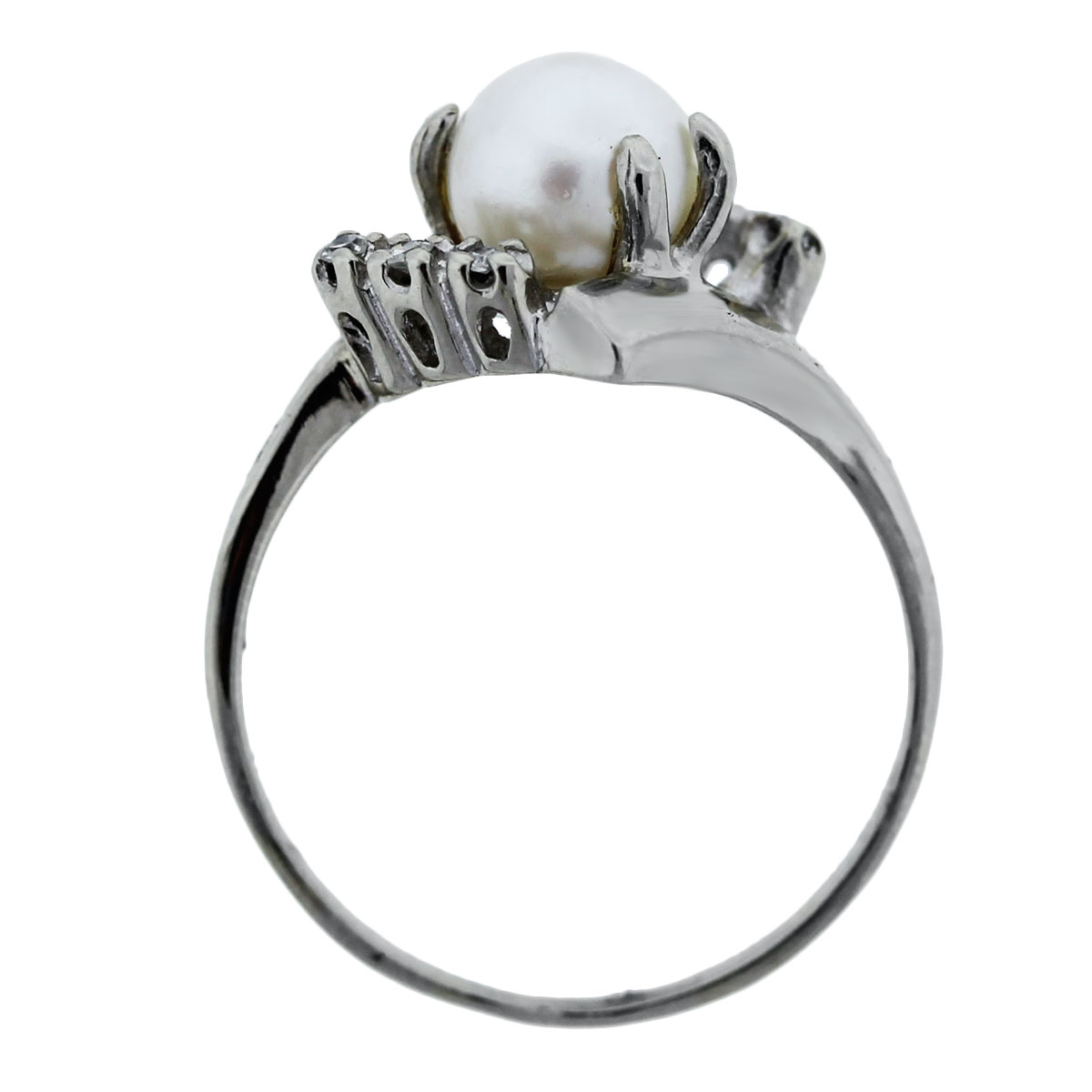 Diamond and Pearl White Gold Ring