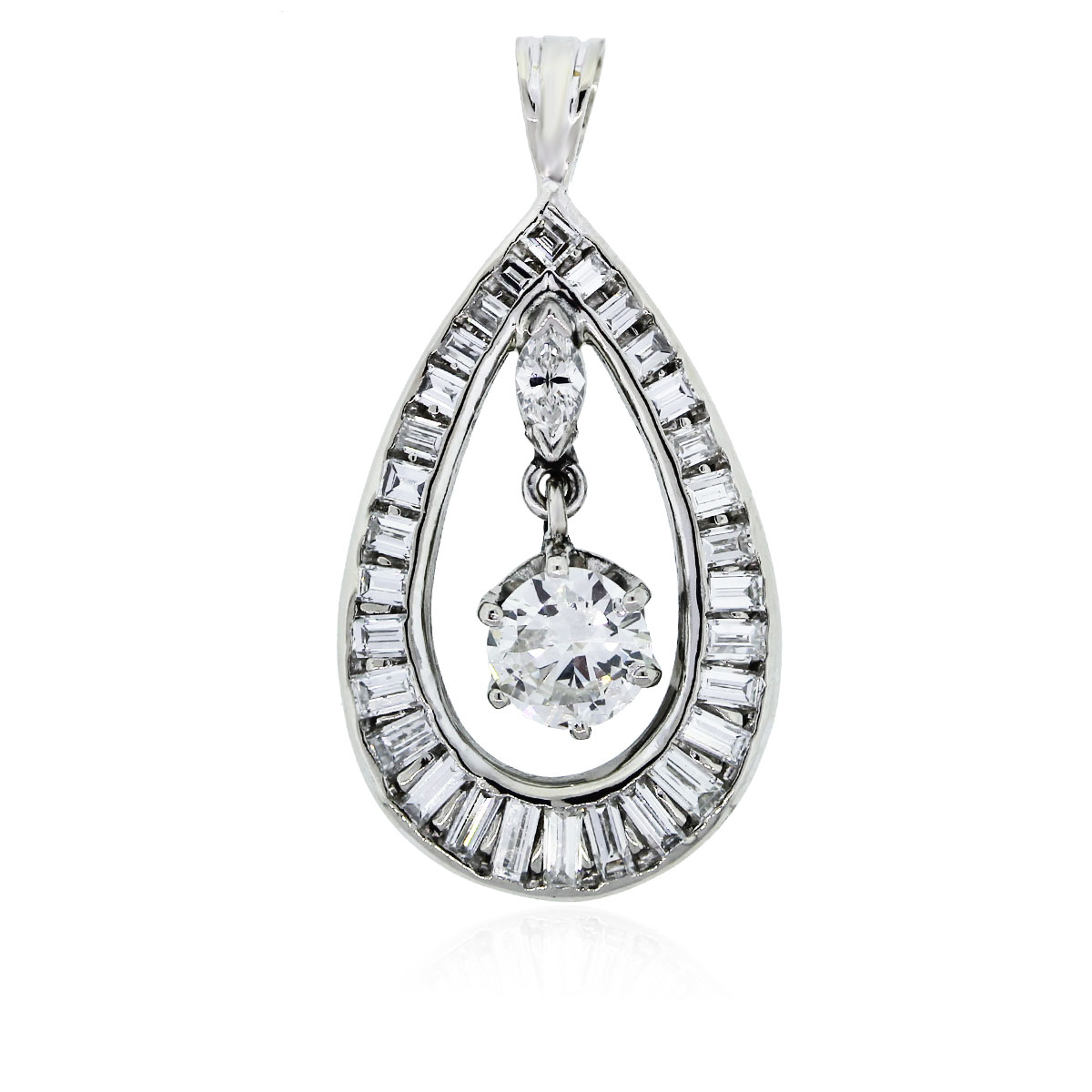 You are viewing this White Gold Diamond Pear Shaped Pendant!