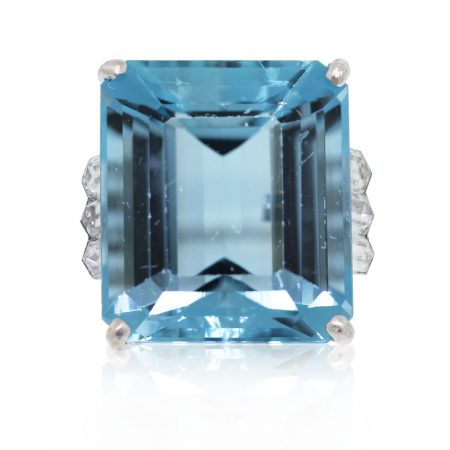 This Platinum 23.77ct Emerald Cut Aquamarine & Bullet Cut Diamond Ring is gorgeous!