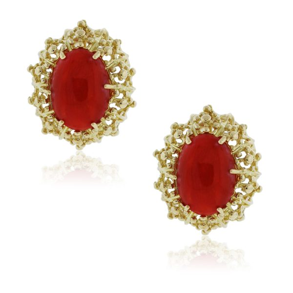 I love these 18kt Yellow Gold Coral Floral Stud Earrings!