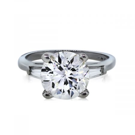 You are viewing this 1.95Ct Round Brilliant Diamond Engagement Ring!