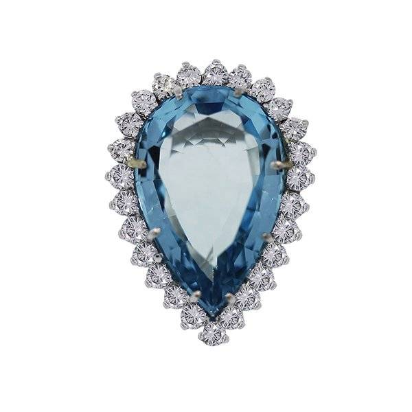 Pear Shaped Aquamarine ring with diamonds