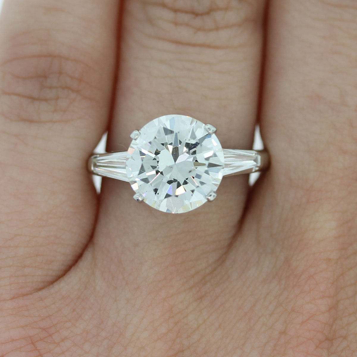 You must have this Platinum EGL Certified Round Brilliant & Baguette Diamond Engagement Ring!