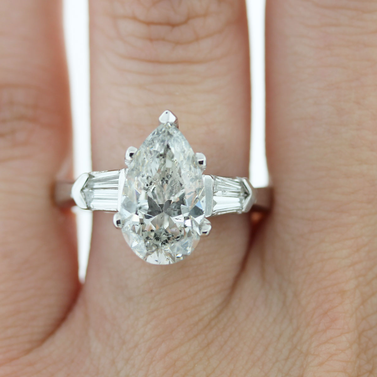 You Must Have This Platinum 347ct Pear Shape & Baguette Diamond Engagement  Ring!