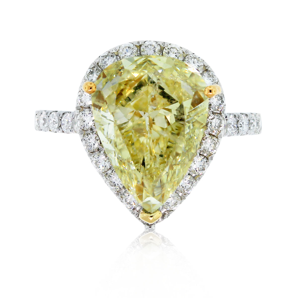 18k white gold pear shape fancy yellow diamond halo for Wedding rings with yellow diamonds