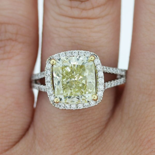 How beautiful is this 18k White Gold Fancy Yellow Cushion Cut Split Shank Diamond Engagement Ring