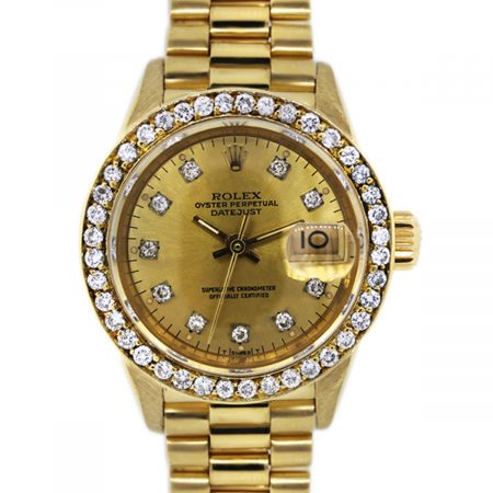 You are Viewing this 18k Yellow Gold Rolex!