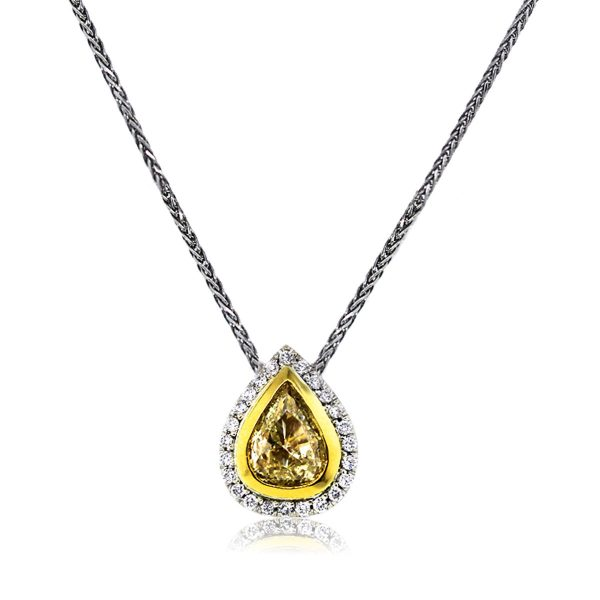 You are Viewing this Stunning Yellow Diamond Pendant Necklace!