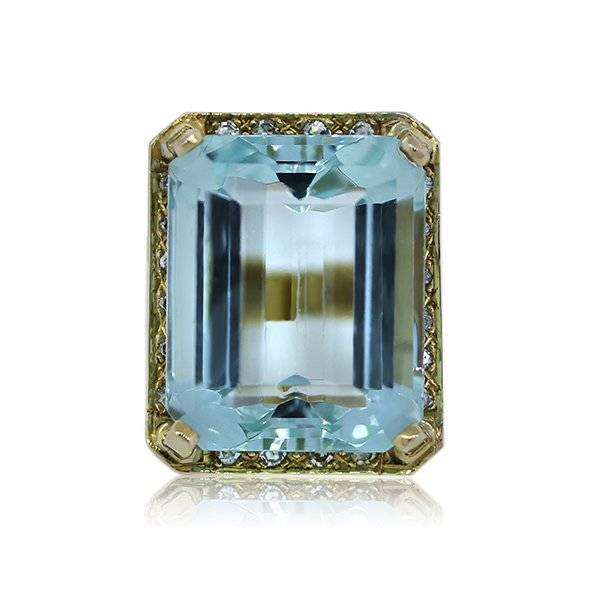 aquamarine and 14kt yellow gold ring