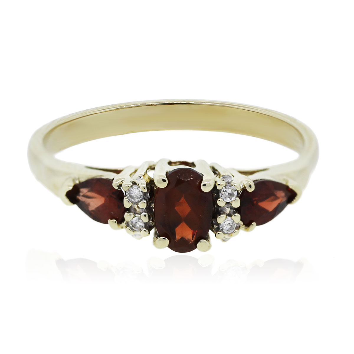 You are viewing this Yellow Gold Three Stone Garnet Diamond Ring!