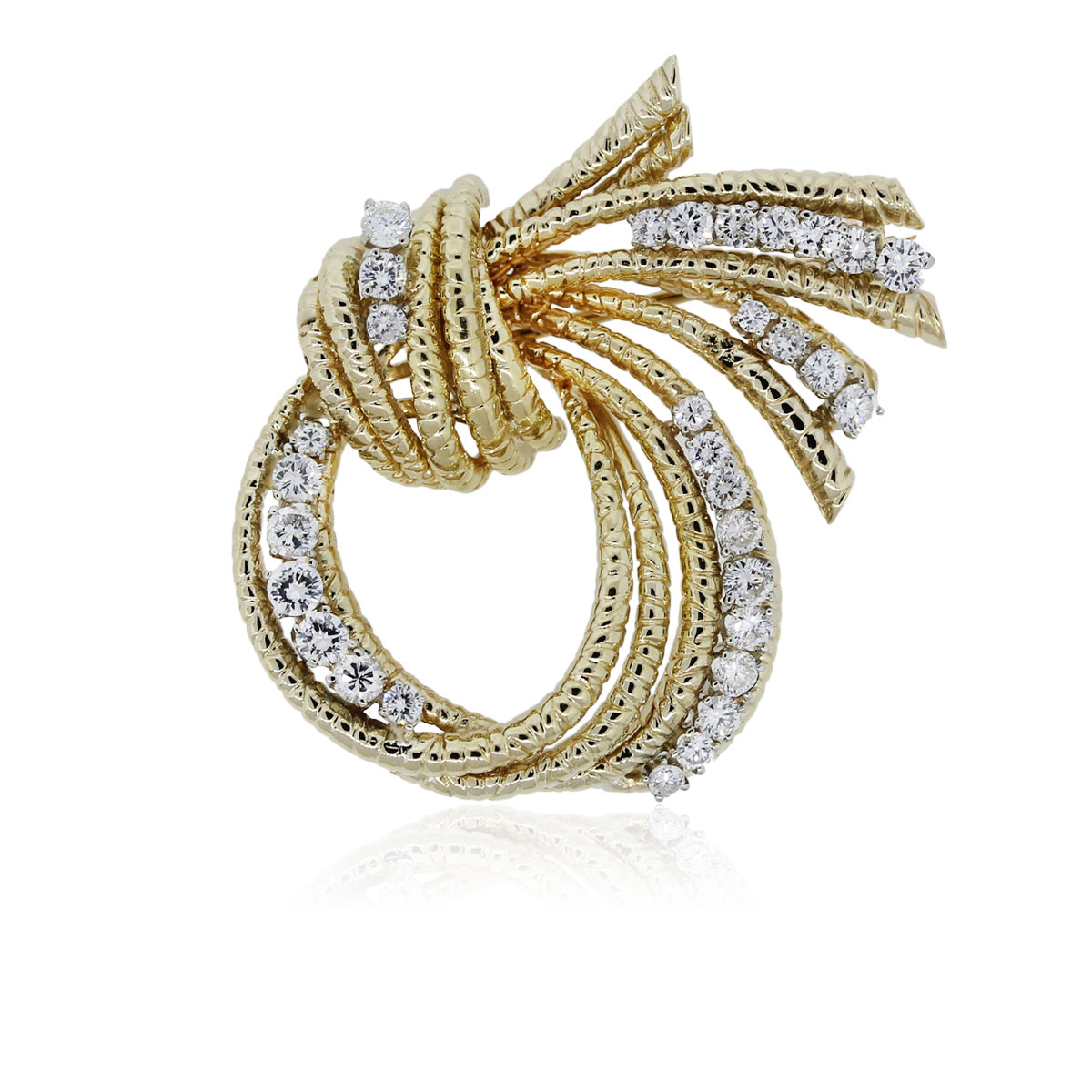You are viewing this 18k Yellow Gold and Diamond Knot Pin!