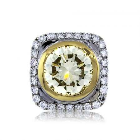 You are Viewing this Fancy Yellow Diamond Engagement Ring