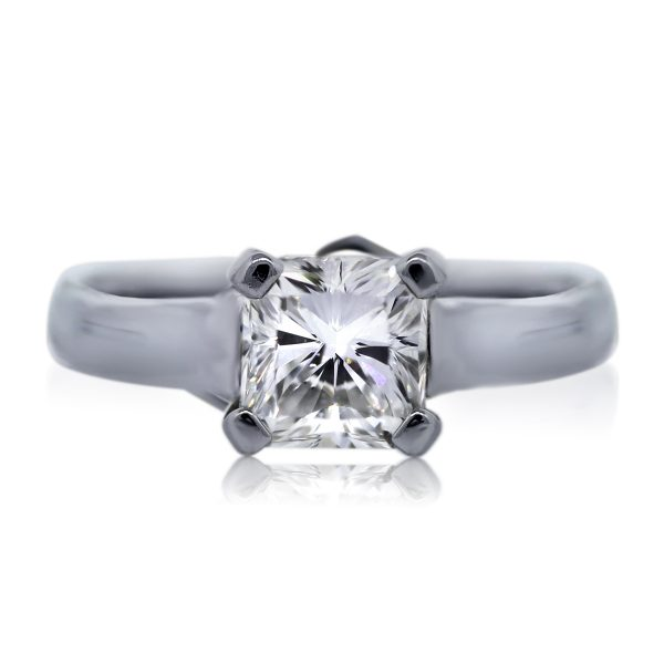You are viewing this Platinum GIA Certified 1.01ct Square Radiant Cut Diamond Engagement Ring!