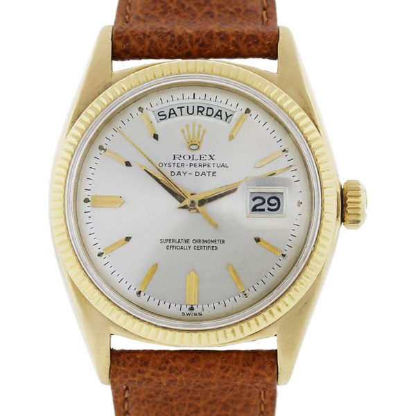 You are viewing this Rolex Day-Date 1803 Non-Quickset Champagne Dial Watch!