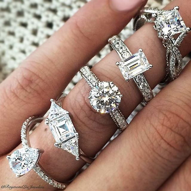 Top 10 Tips for Purchasing an Engagement Ring