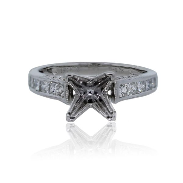 You are viewing this 18k White Gold Princess Cut Round Cut Diamond Mounting!