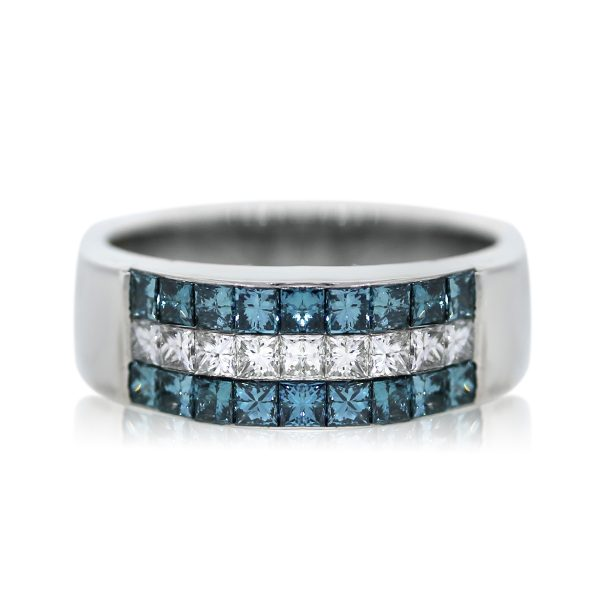 You are Viewing this Stunning Blue and White Diamond Band Ring!
