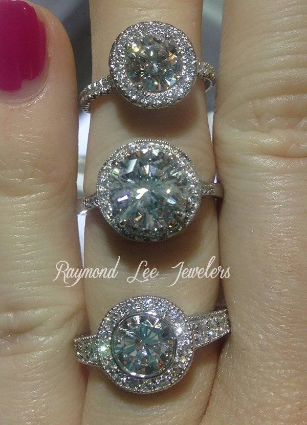 How To Cut Costs On Engagement Ring