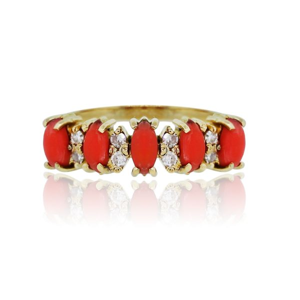 You are viewing this 14k Yellow Gold Coral & Diamonds Cocktail Ring!