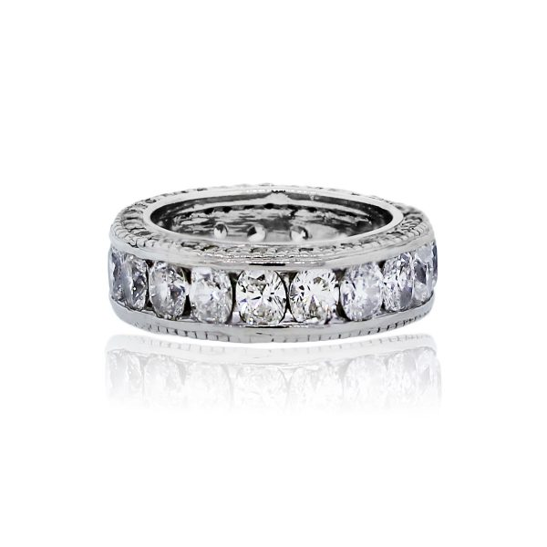 You are viewing this Platinum Oval Round Brilliant Diamond Eternity Wedding Ring Band!
