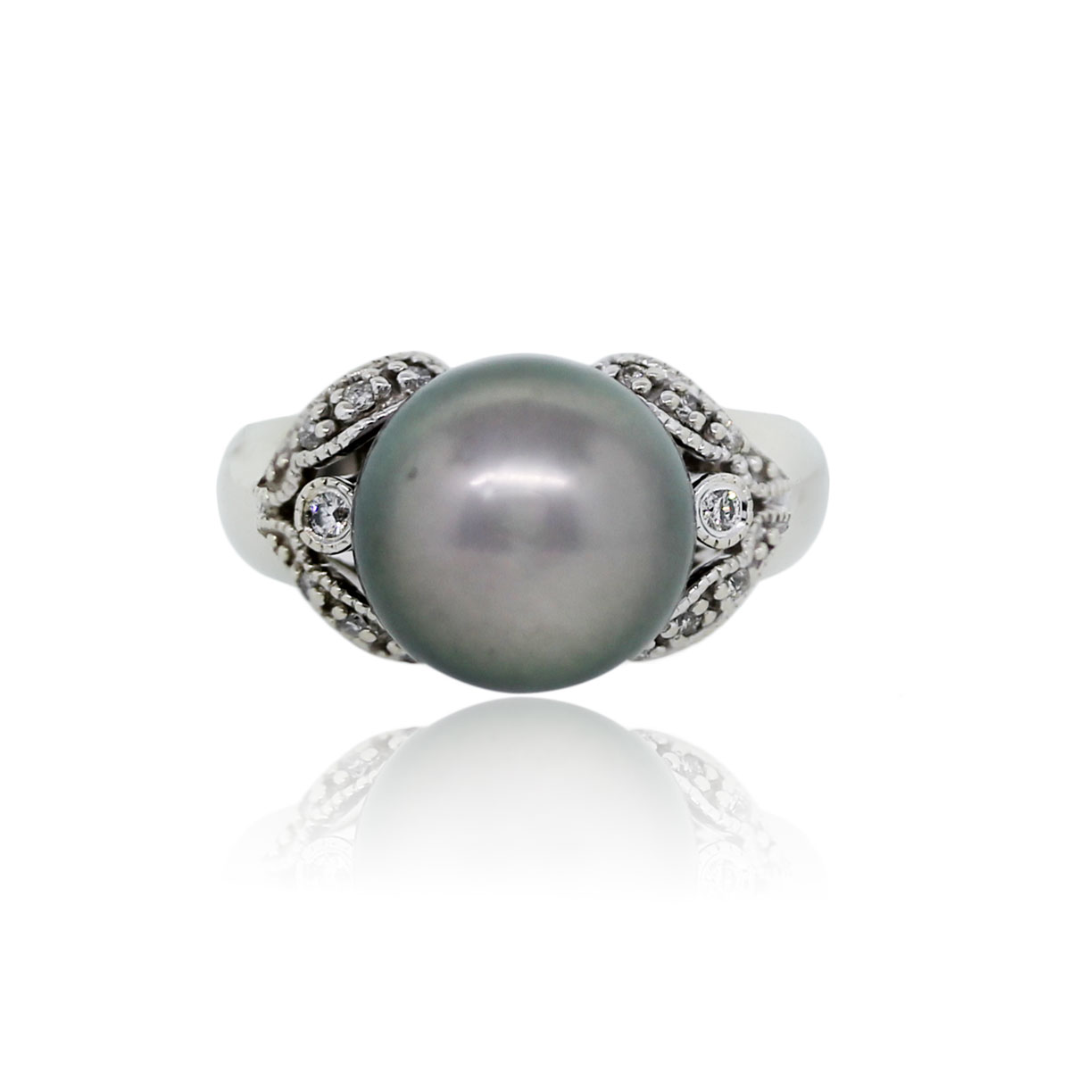 You Are Viewing This 14k White Gold 1140mm Grey Tahitian Pearl And Diamond  Ring!