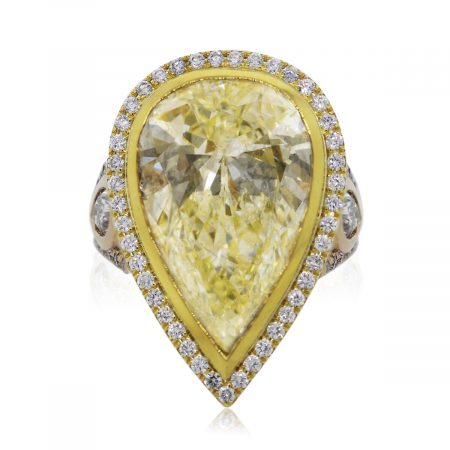 You are Viewing this 14.33ct Pear Shaped Diamond Engagement Ring!