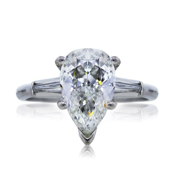 You are Viewing this Pear Shaped Diamond Engagement Ring!