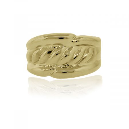 You are viewing this 18k Yellow Gold Ribbed Cocktail Ring!