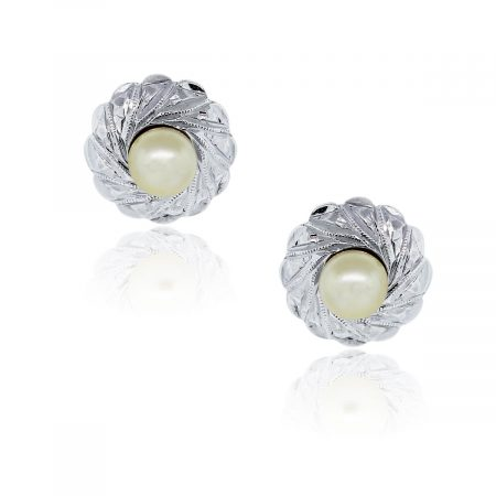 You are viewing these 18K Two Tone 5mm Cultured Pearl Huggie Earrings!