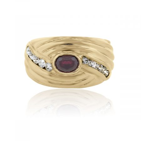 You are viewing this 18k Yellow Gold Diamond Ruby Ring!